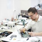 Como mitigar o retrabalho na minha produção com a manutenção preventiva de componentes eletrônicos?